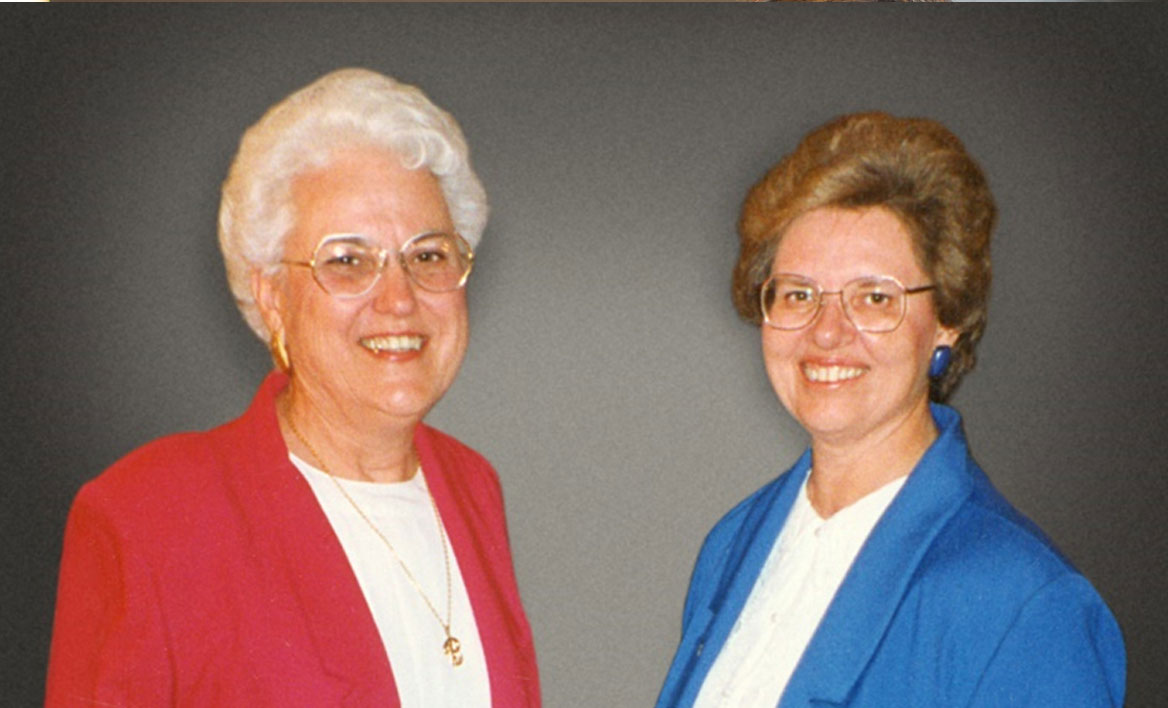 photo of School of Education retirees Elise Blankenship and Jean Lokerson