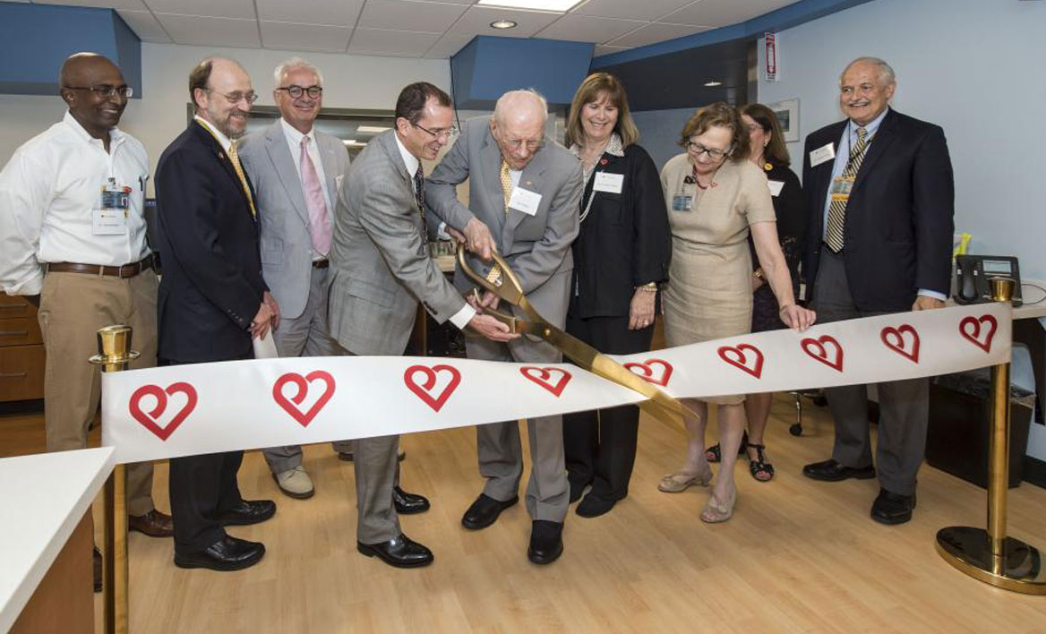 Pauley Heart Center ribbon cutting